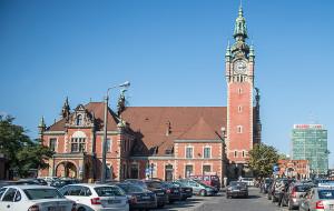 Kubaturowe parkingi rowerowe przy dworcach w Gdańsku