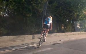 Niedzielni rowerzyści wyjechali na miasto. I na chodniki