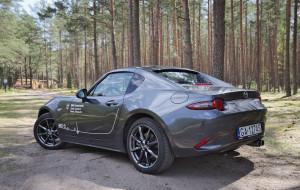 Mazda MX-5 RF: sztywny kaptur robi różnicę