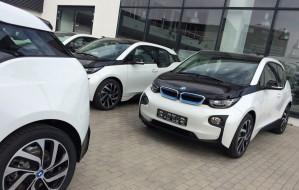 Elektryzująca dostawa elektrycznych aut