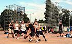 Aktywny weekend na trasie lub na boisku