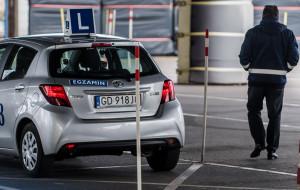 Podstawione osoby na egzaminie na prawo jazdy