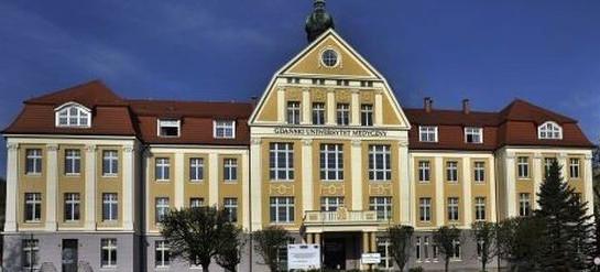 """GUMed najlepszą z trójmiejskich uczelni wyższych - """"Perspektywy"""" opublikowały raport"""