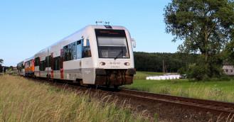 """Wakacyjny pociąg do Helu w nietypowym zestawieniu z """"bonanzą"""""""