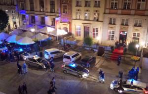 Psychotropy w drinkach i 22 osoby zatrzymane w nocnej akcji policji