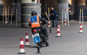 Jak wygląda egzamin na motocykl?