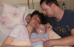 Jego żona przegrała walkę z rakiem. Został sam z dwójką malutkich dzieci, potrzebuje pomocy