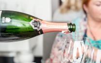 Ulubiony szampan Jamesa Bonda. O kolacji Champagne Bollinger w Sztuczce