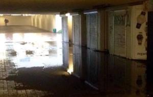 Dlaczego tunele pod stacjami SKM są zalewane?