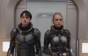 """Podróż w stanie nieważkości. Recenzja filmu """"Valerian i Miasto Tysiąca Planet"""""""
