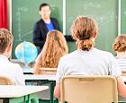 W szkołach przygotowania do rewolucji oświatowej. Etatów dla nauczycieli przybędzie?