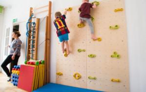 Zajęcia dodatkowe w przedszkolu. Rodzice stawiają na dobry start czy modę?