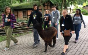 Studenci z USA uczyli się pracy biologa w gdańskim zoo