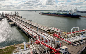 Pierwszy ładunek ropy z Kanady przypłynął do Gdańska