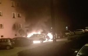 Nocny pożar trzech aut w Gdyni