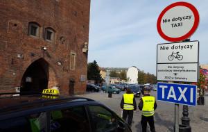 Trzeba dyscyplinować kierowców między Katownią i Złotą Bramą