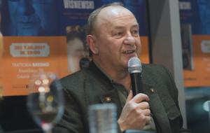 Wieczór z Januszem L. Wiśniewskim otworzył cykl spotkań z ciekawymi ludźmi w Brzeźnie