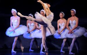 Royal Moscow Ballet zaprasza na Jezioro łabędzie
