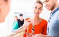 Pośrednik, zarządca i rzeczoznawca musi dołączyć polisę OC do umowy z klientem