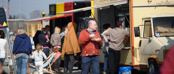 Planuj tydzień: food trucki, koncerty i zlot klasycznych aut