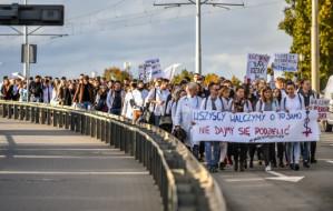 Rezydenci nie składają broni. Marsz poparcia przeszedł ulicami Gdańska