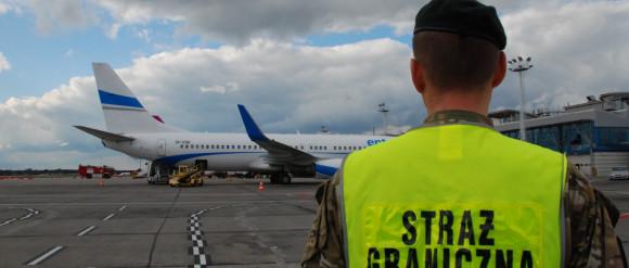 """Żart"" o granatach na lotnisku"