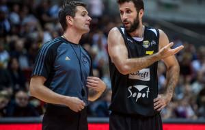 Ile zarabiają sędziowie koszykówki?