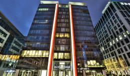 Iluminacje na budynkach z okazji Święta Niepodległości