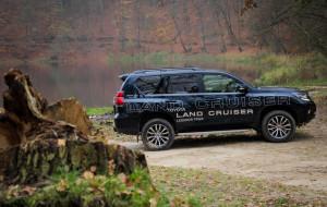 Nowa Toyota Land Cruiser: bestia w akcji