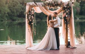 Kameralny ślub: wady i zalety wesela w gronie najbliższych