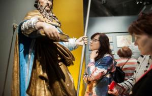 Po świątecznym odpoczynku idź do muzeum. Wystawy z przesłaniem