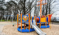 Plac zabaw na Babich Dołach odnowiony, ale mniejszy