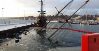Jacht 'Knudel' zatonął w marinie w Gdyni