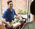 Zakupy spożywcze przez Internet. Sprawdziliśmy ceny i czas dostawy