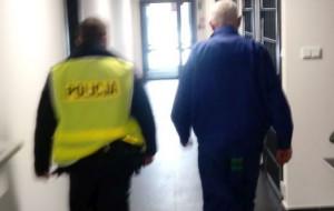 Pijany kierowca chciał przekupić policjantów