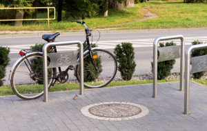 Oceniamy parkingi rowerowe przy centrach handlowych w Gdańsku