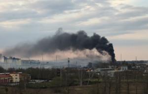 Pożary w Gdańsku. Płonął pustostan na Przeróbce i trawa