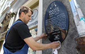 W Gdańsku zawieszono tablicę upamiętniającą Marka Mazura