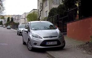 Kontrowersyjne parkowanie w Redłowie
