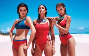 Moda na plażę - stroje kąpielowe, dodatki i niezbędne gadżety