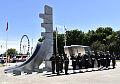 Pod odsłoniętym pomnikiem Polski Morskiej o stanie marynarki wojennej