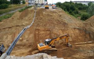 Zniknął nasyp i fragment ul. Wilanowskiej. Będzie tunel i teren rekreacyjny