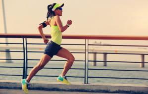 Jak biegać w upały i kiedy odpuścić?