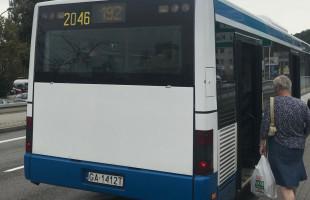 Autobusy z SKM Redłowo do Chwarzna: brakuje czy jest w sam raz?