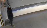 Poszukiwani złodzieje harleya z hali garażowej