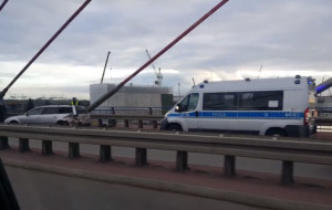 Groźny wypadek przez kłótnię na Trasie Sucharskiego