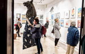 Z dzieckiem do muzeum. Co warto zobaczyć na wystawach dla małych i dużych?