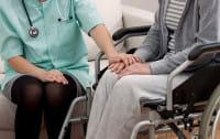 Opiekujesz się osobą niepełnosprawną, ale musisz wyjechać? Tu znajdziesz pomoc