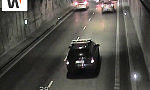 Ciężarówka wjechała w bmw w tunelu pod Martwą Wisłą