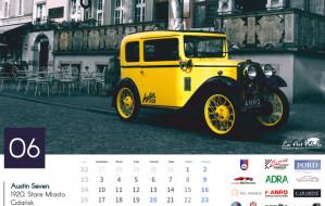 Powstał kalendarz z zabytkowymi autami